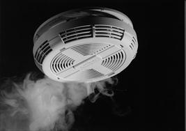 heat-and-smoke-detector-90581_thumb.jpg